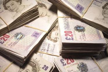 Money_-_106648416_337066c