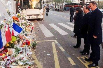 David-Cameron-Francois-Hollande-bataclan-paris-nov-2015-billboard-650