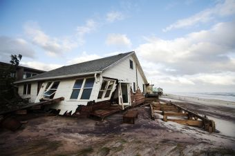 hurricane-sandy-collapse-home-1