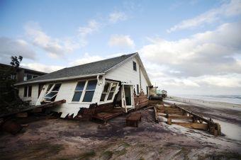 hurricane-sandy-collapse-home-1